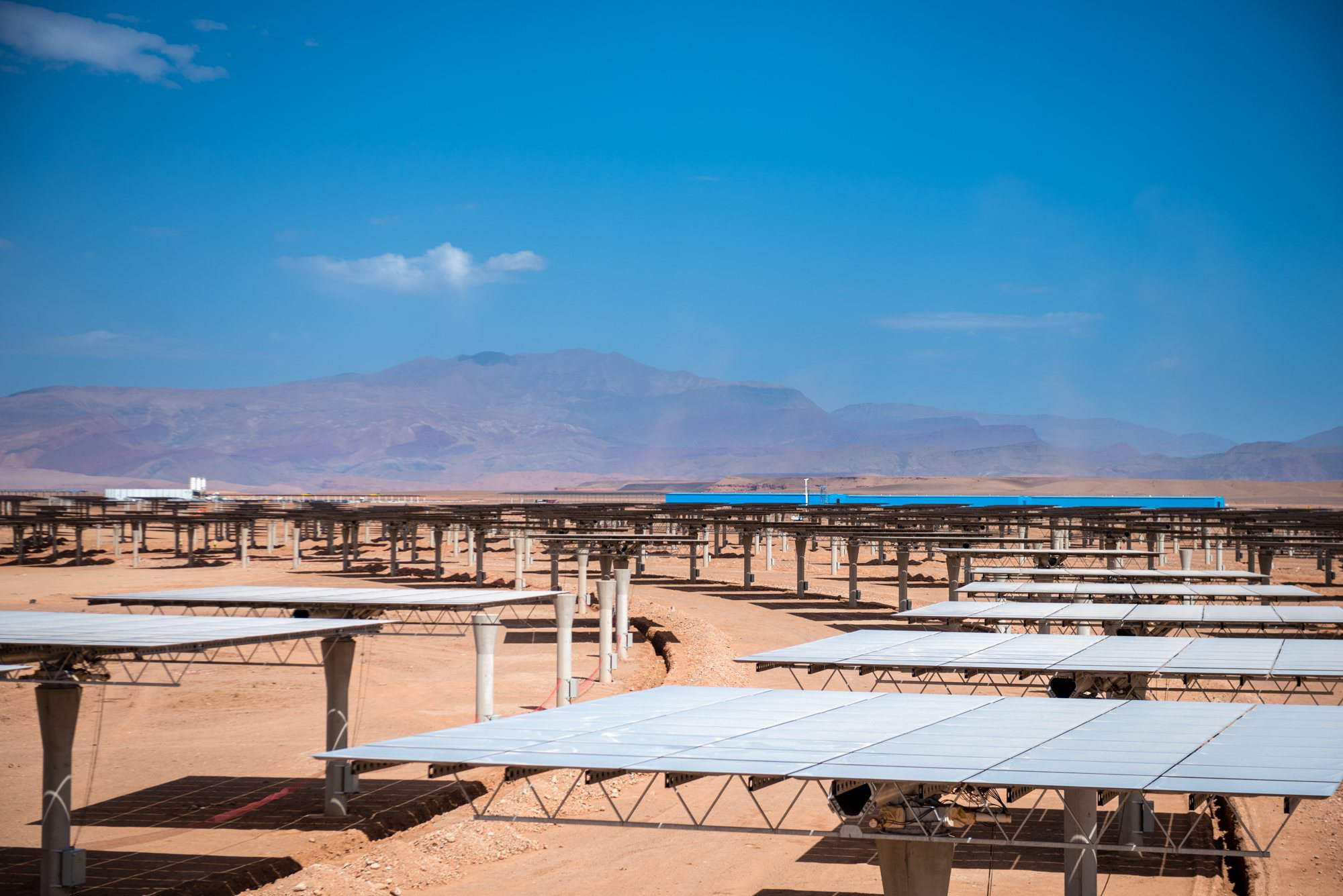 Huge mirrors Ouarzazate solar power station